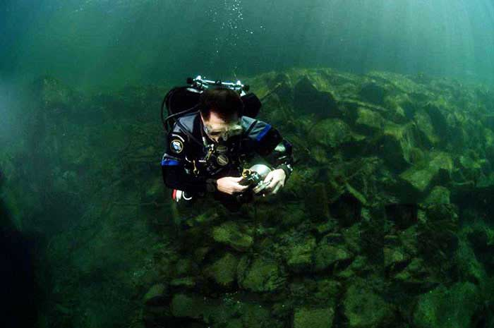 Scuba Diver Switching Gas