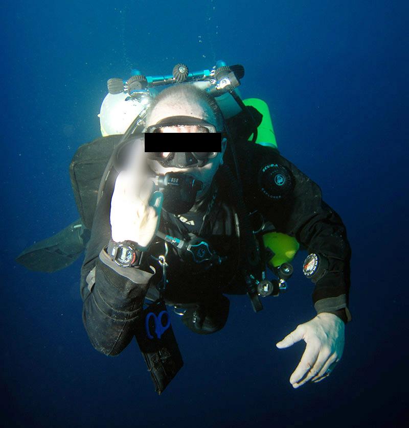 A**hole tech diver