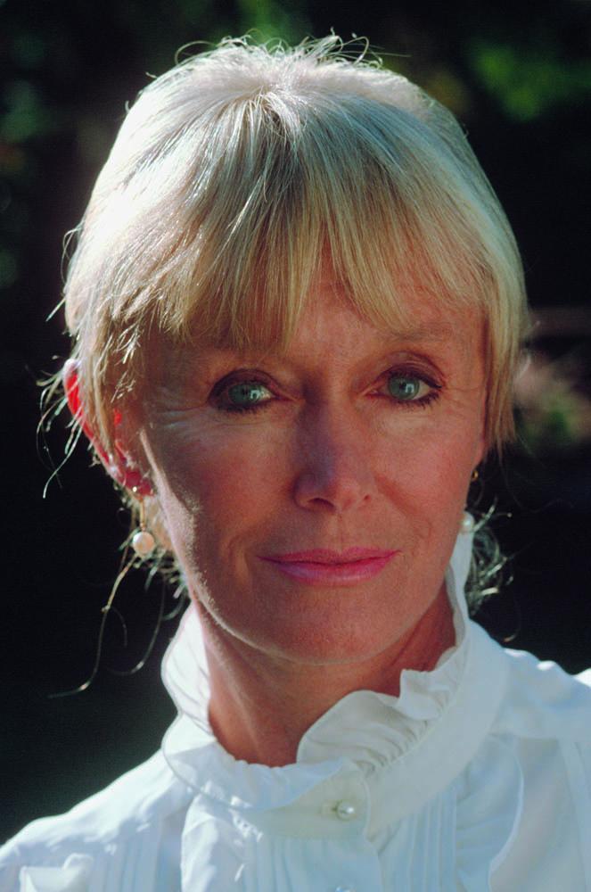 Valerie, 2004