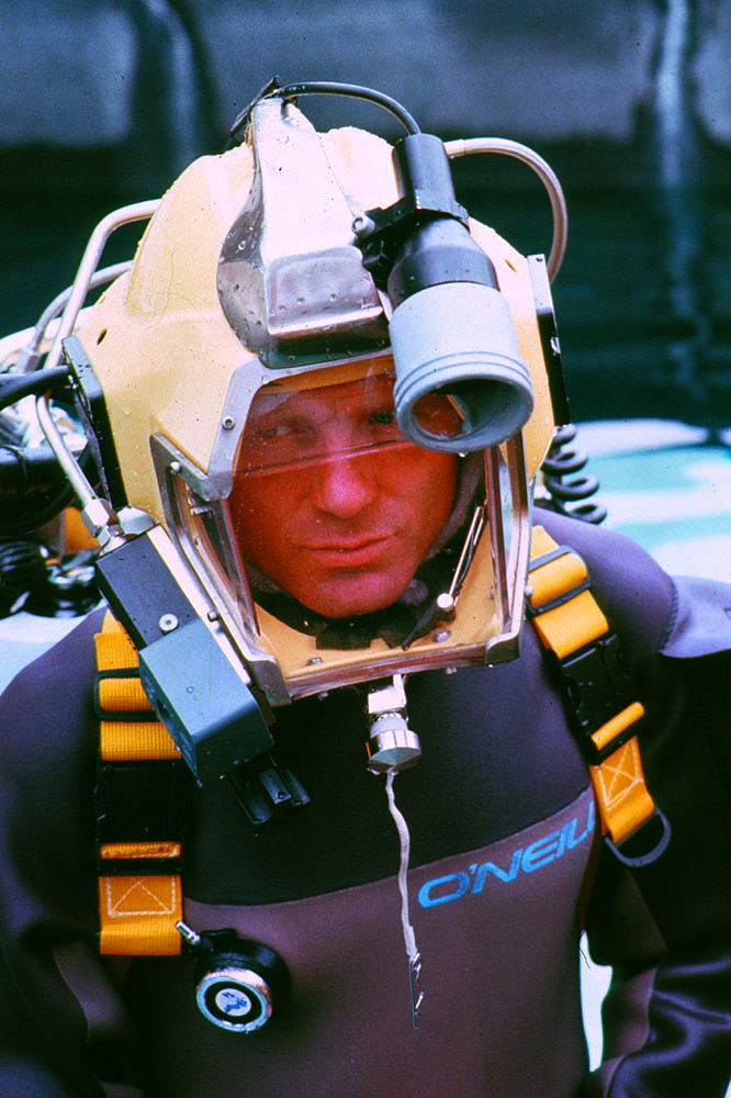 Actor Ed Harris in special helmet designed for the Abyss, 1988