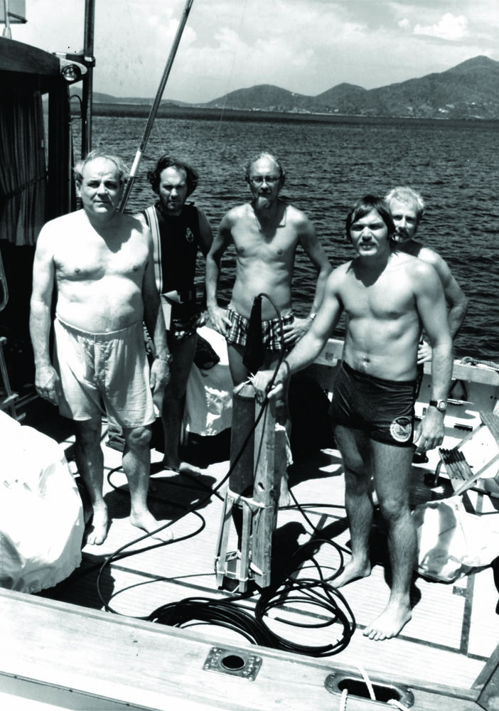 Smithsonian Project crew: Dr. mendel Petersen, George Tyson, Dr. Alan Albright, Gilliam, Dave Coston, 1973 (with early proton magnetometer over wreck site)