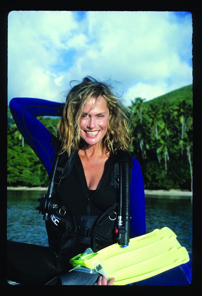 Lauren Hutton in Fiji, 1998