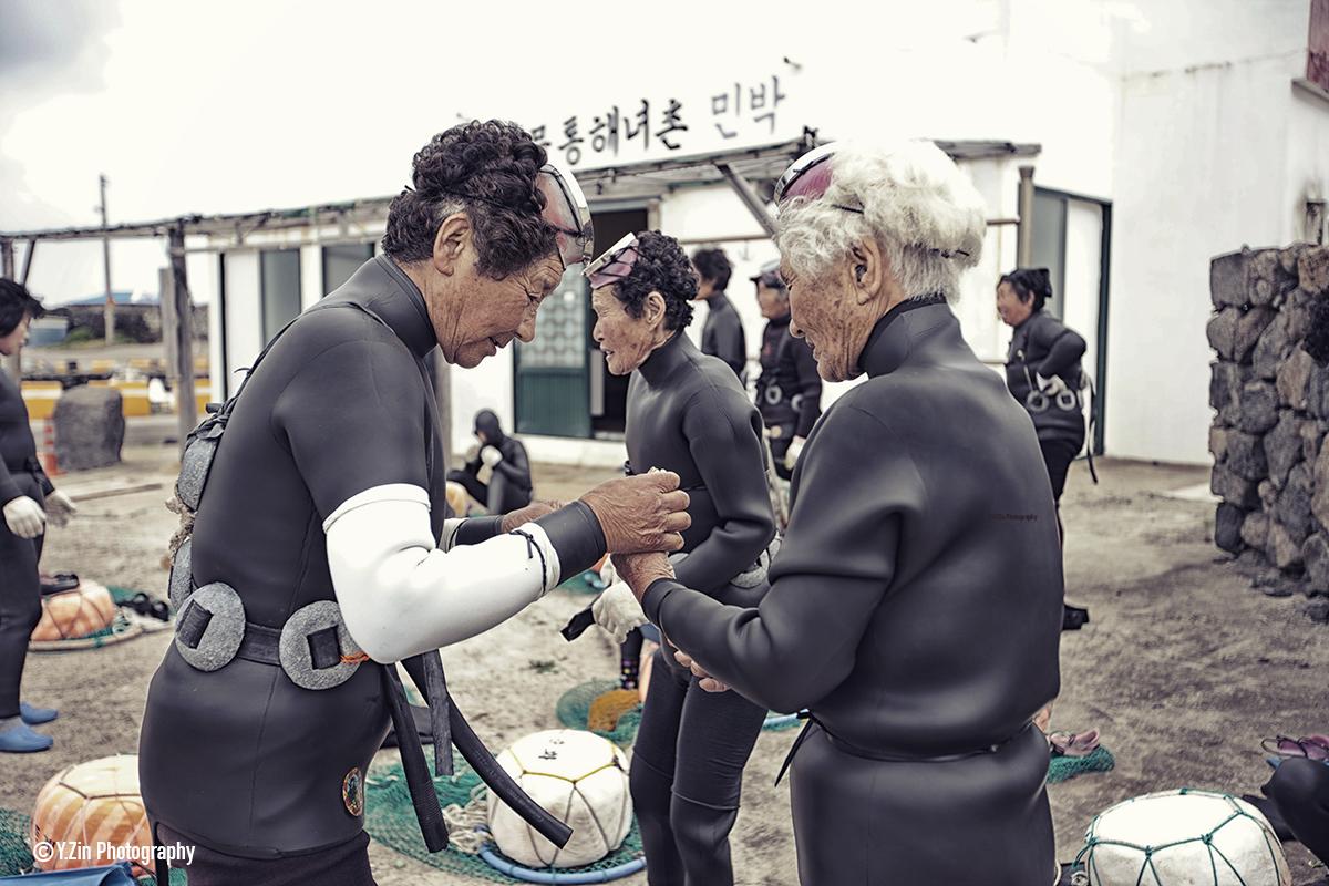 haenyeo-divers-prepping