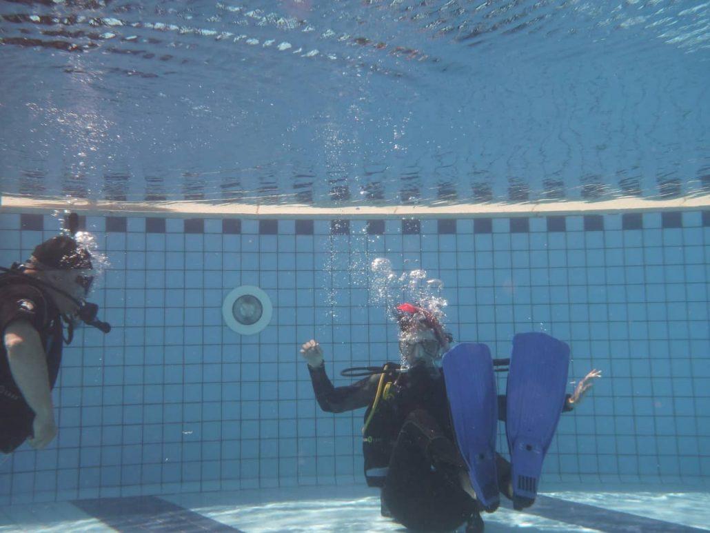 dive training pool