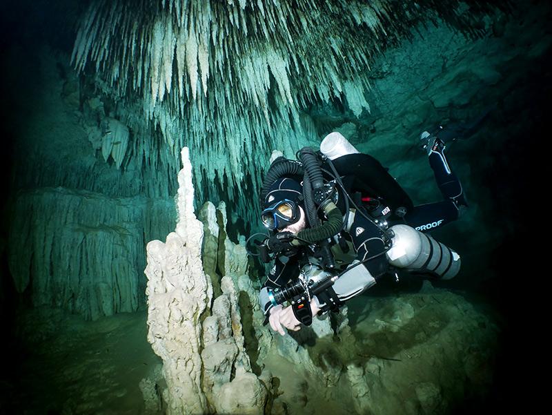 Scott Sanders Cave Diving